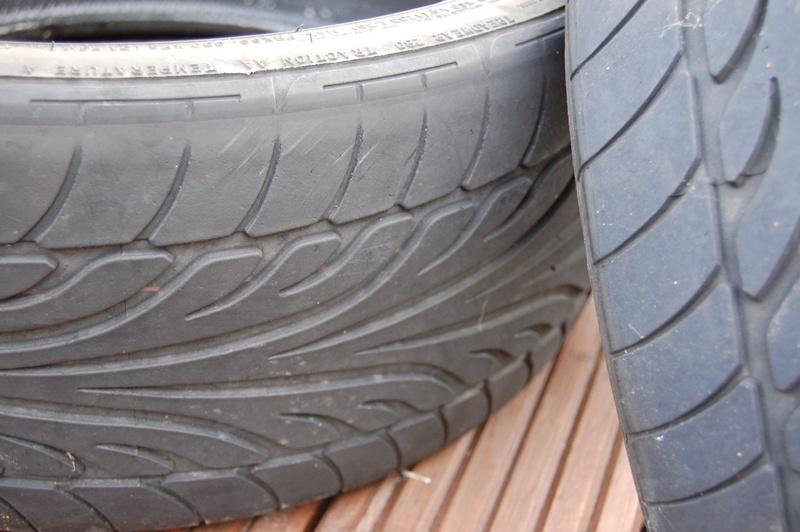 225/40/18 Dunlop SP Sport 9000 tyres x4 Tyres_13