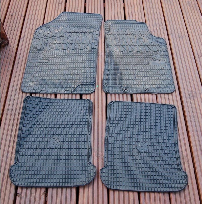 OEM VW Mk2 rubber floor mats - EXCELLENT condition Vw_mat10