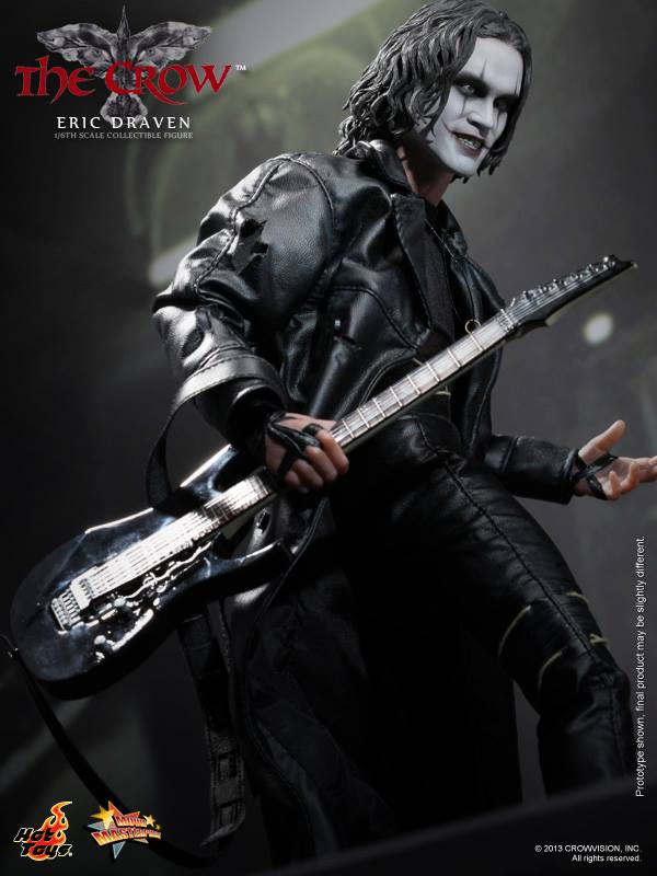 HOT TOYS -  The Crow - Eric Draven 2964_110