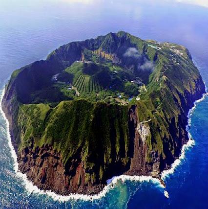 ile volcanique Aogashima, archipel izu, japon Ile_ao10