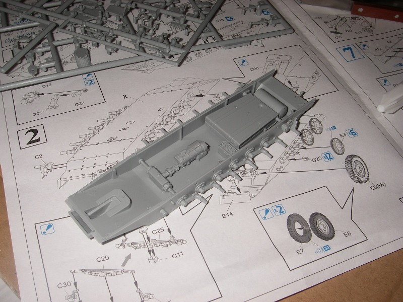 Sdkfz 251 Stuka Zu fuss Dragon 1/35 Imgp2215
