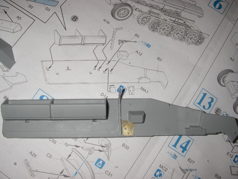 Sdkfz 251 Stuka Zu fuss Dragon 1/35 Imgp2219