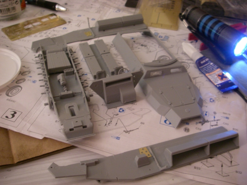 Sdkfz 251 Stuka Zu fuss Dragon 1/35 Imgp2223