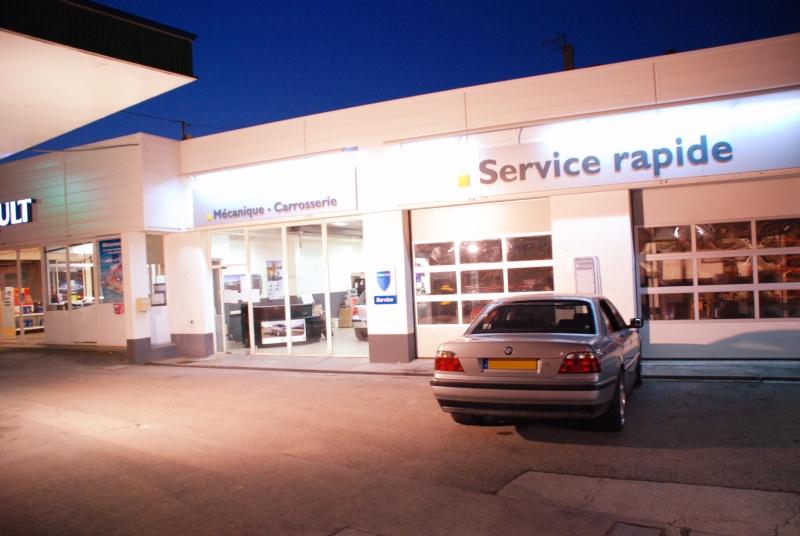 [Défi 1] Prendre sa BMW en photo devant un garage Renault - Page 2 Csc_0310
