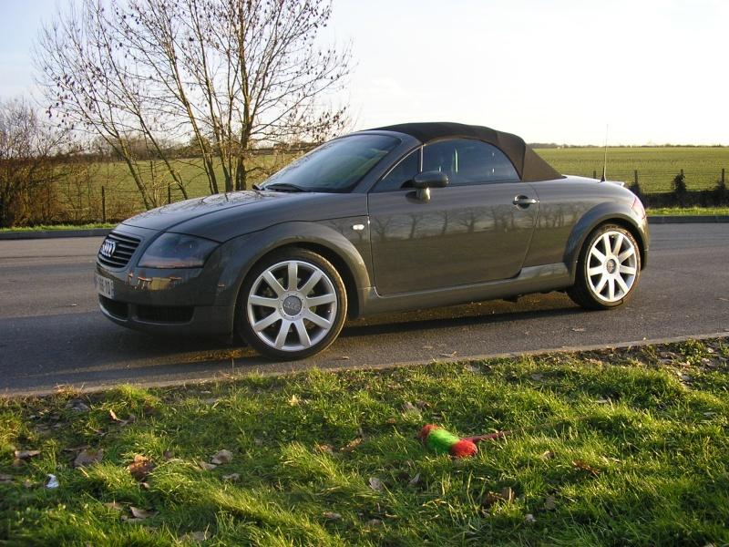 ma TT roadster quattro   (lionel) Audi_t33