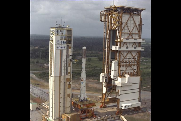 Photos des tirs d'Ariane avant la création du FCS First_10