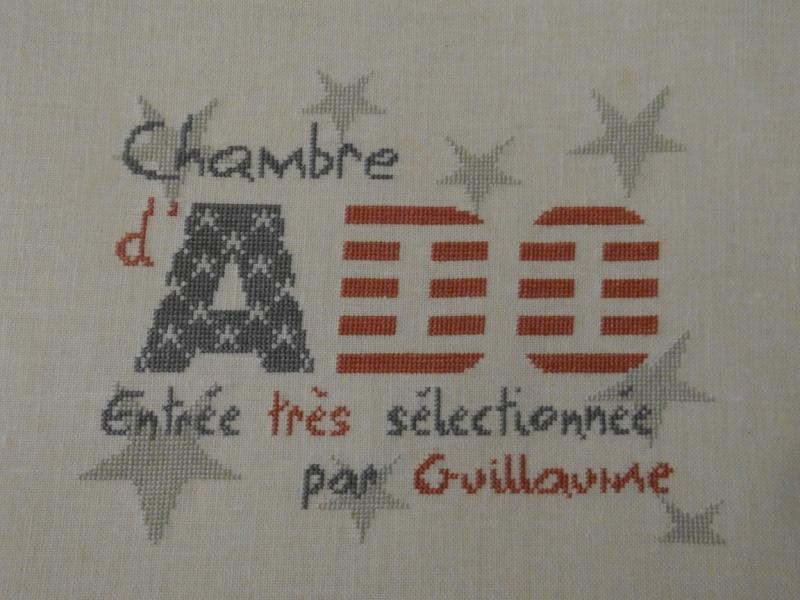 Broderie porte bonheur - Page 3 Dsc06024