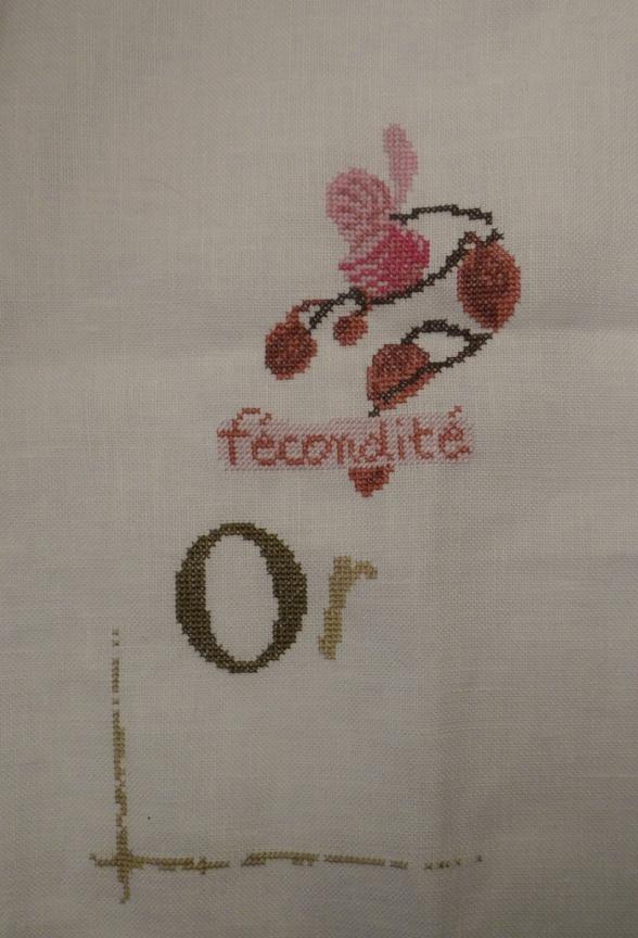 SAL Lilipoint Orchidée - FINI - Page 10 Dsc06072