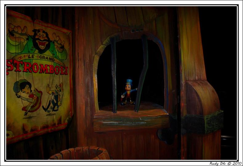 Les Voyages de Pinocchio - Page 2 Img_0647