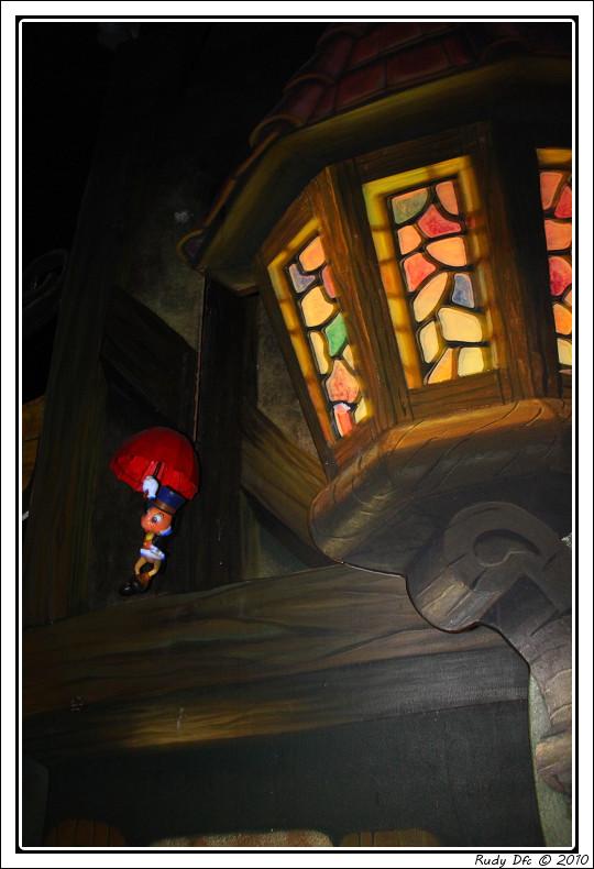 Les Voyages de Pinocchio - Page 2 Img_0658
