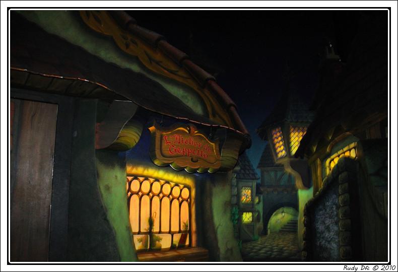 Les Voyages de Pinocchio - Page 2 Img_0659