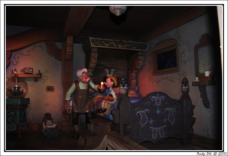 Les Voyages de Pinocchio - Page 2 Img_0660