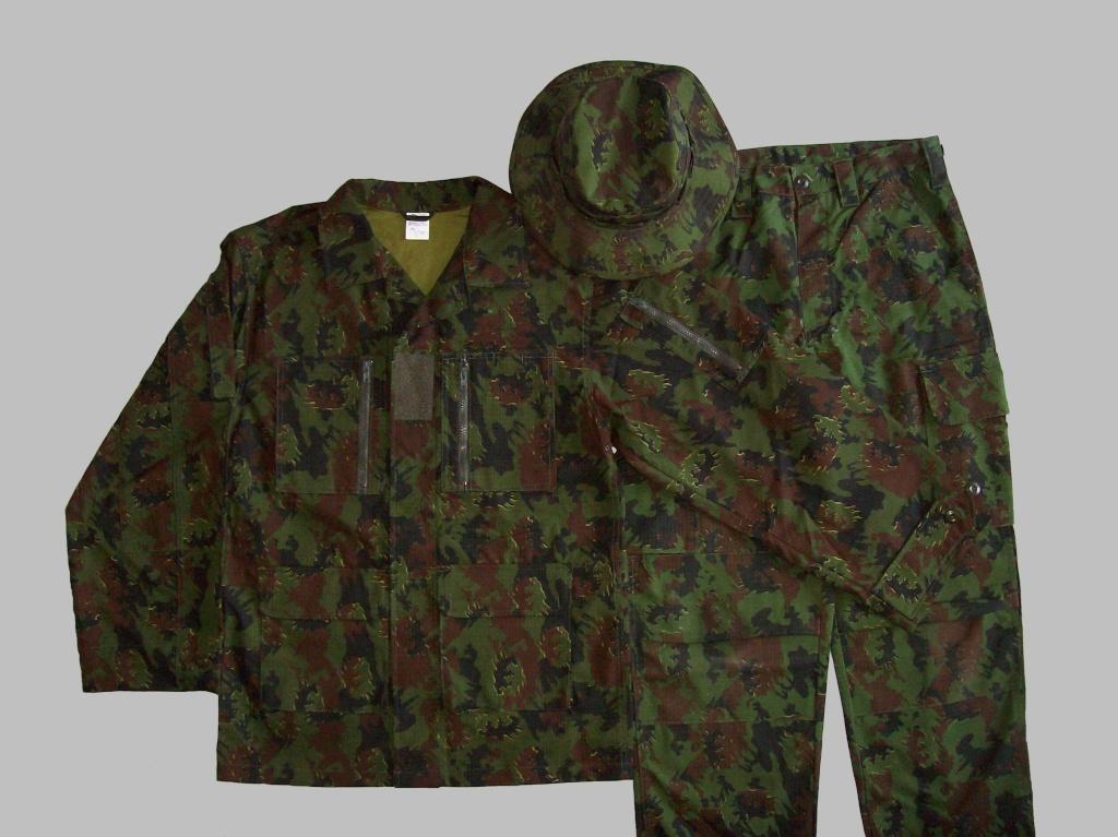 LT woodland uniform 100_4514