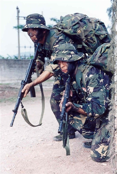 PLA Type 03 Special Forces DPM uniform Chine-17