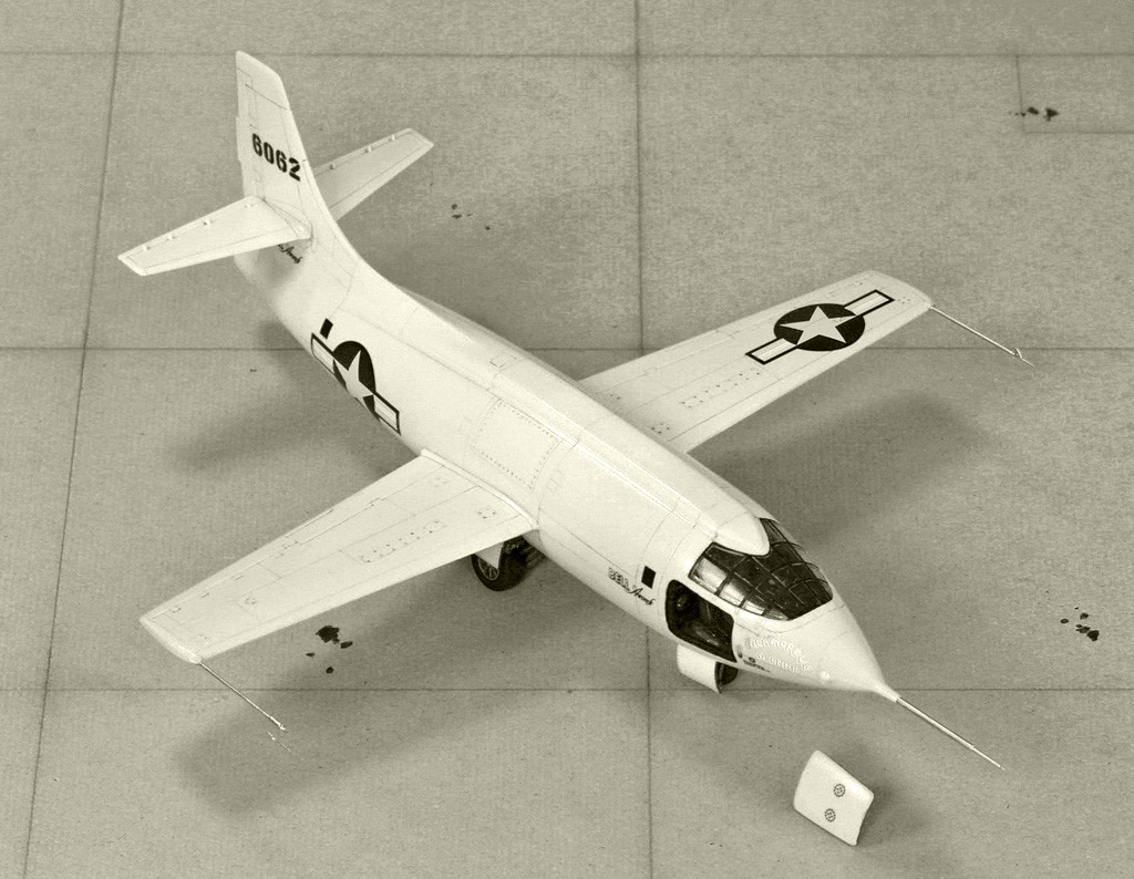 "Bell X-1 ""Machbuster"" (1:72 Tamiya + P.E. Brengun) Img_0820"
