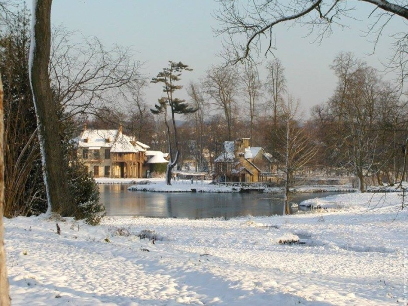 Hameau du Petit Trianon : Restauration de la maison de la Reine  - Page 2 10955510