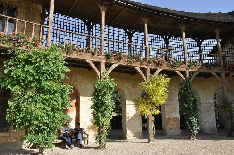 Hameau du Petit Trianon : Restauration de la maison de la Reine  - Page 2 15099410