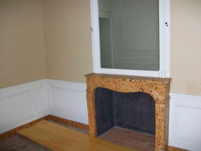 Le logement de Fersen à Versailles - Page 5 15108910