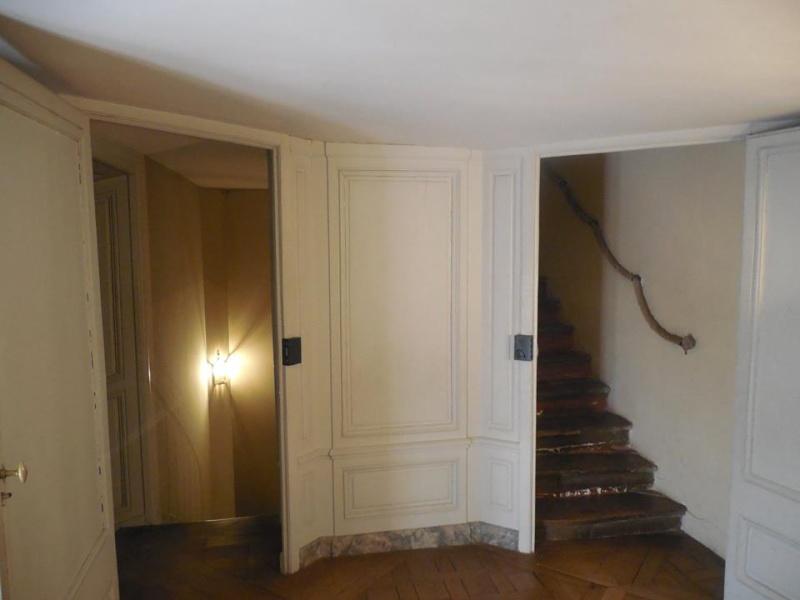 passage - Le passage du Roi à Versailles - Page 3 Chambr12