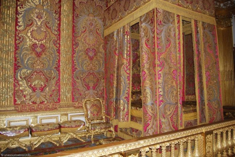 chambre - La chambre officielle du Roi  Versai13