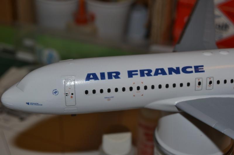 AIRBUS A 320-211 Cie AIR FANCE 1/125ème Réf 80448 0210