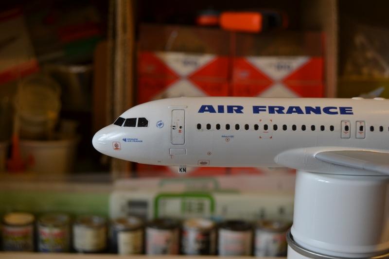 AIRBUS A 320-211 Cie AIR FANCE 1/125ème Réf 80448 A320_011