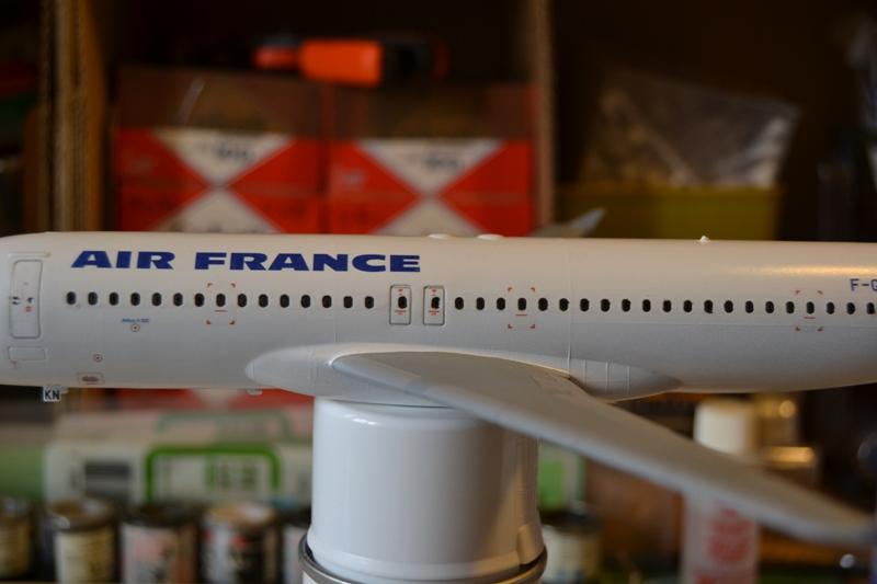 AIRBUS A 320-211 Cie AIR FANCE 1/125ème Réf 80448 A320_012