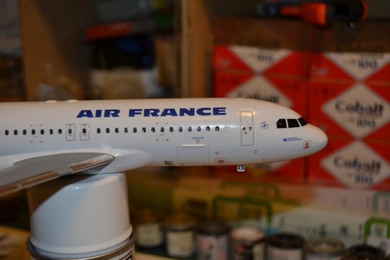 AIRBUS A 320-211 Cie AIR FANCE 1/125ème Réf 80448 Dsc_0054