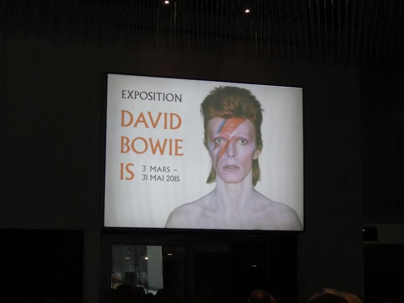 DAVID BOWIE - Page 2 Dsc09663
