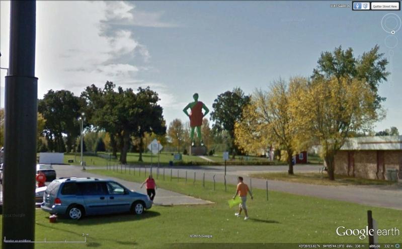 Geant vert, Blue Earth, Minnesota - USA Sans_166