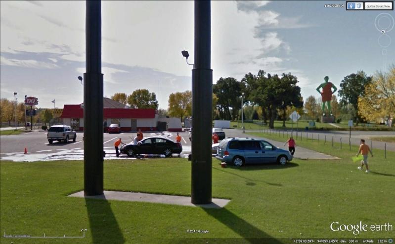 Geant vert, Blue Earth, Minnesota - USA Sans_168