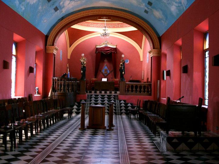 DE MASONES Y MASONERÍA Templo10