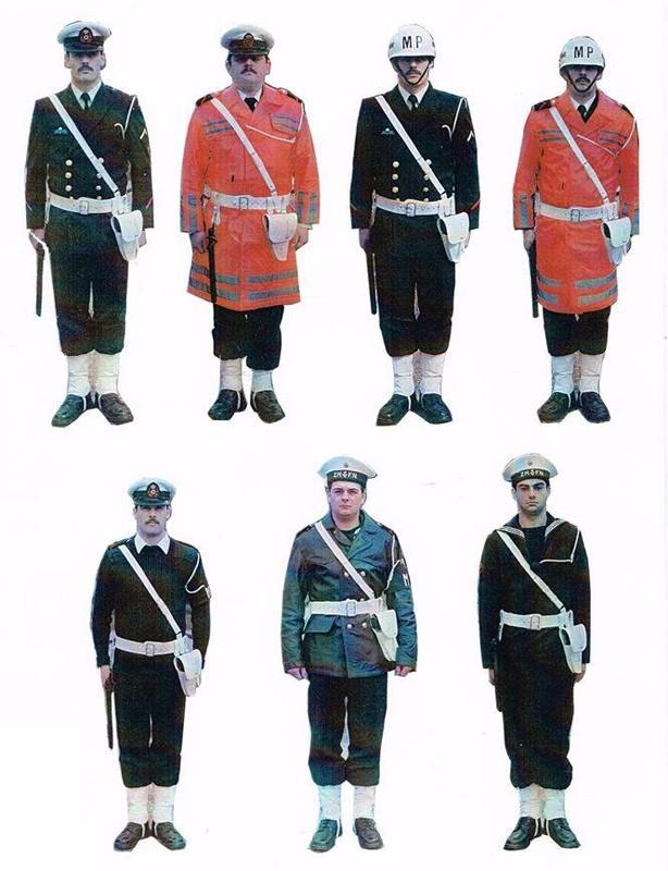 Petit sujet sur la police naval - Page 2 10985310