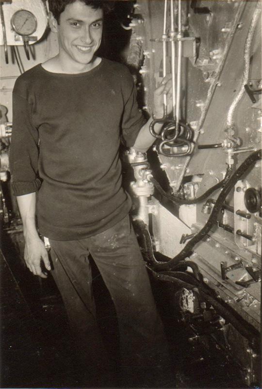 Willy De Bie. 72 ans, Mecanicien de Marine(1956-1962) Wil2a10