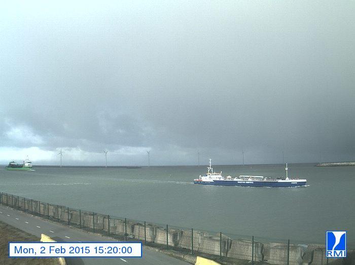 Photos en direct du port de Zeebrugge (webcam) - Page 63 Zeebru12