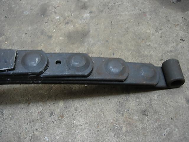 Réservoir, pneus, radia Ford etc . . . .    Dscn8516