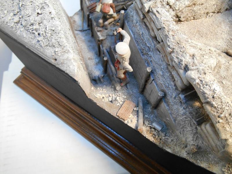 Août 1918 - L'espoir renaît - Saint-Chamond (Takom 1/35e) et figurines HISTOREX 1/32e puis figurines ICM 1/35e Aoyt_127