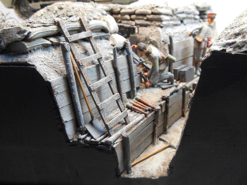 Août 1918 - L'espoir renaît - Saint-Chamond (Takom 1/35e) et figurines HISTOREX 1/32e puis figurines ICM 1/35e Aoyt_137