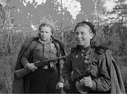 Les combattants des armées régulières Soldat10