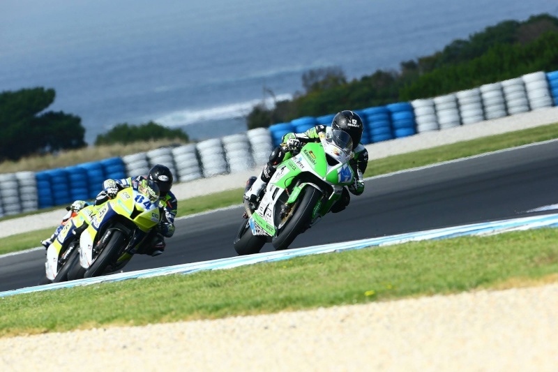 WORLD SBK et SSP 2015 - résultats et news  - Page 3 11021510