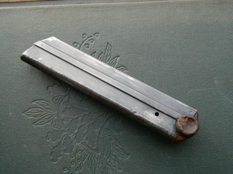 Identification chargeur P08 Dscn3417