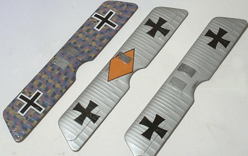 Deux Pfalz D-III / D-IIIa et demi,  1/72 - Page 4 Montag12