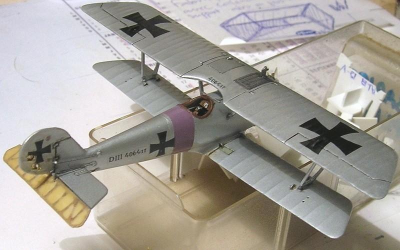 Deux Pfalz D-III / D-IIIa et demi,  1/72 - Page 5 Montag23