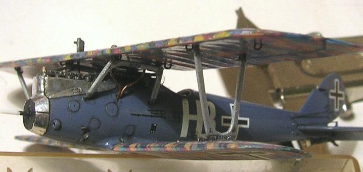 Deux Pfalz D-III / D-IIIa et demi,  1/72 - Page 5 Montag24