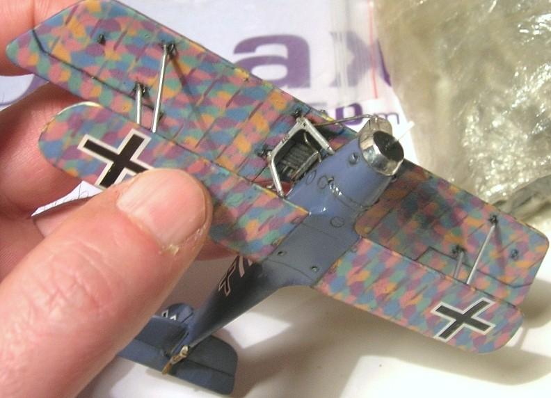 Deux Pfalz D-III / D-IIIa et demi,  1/72 - Page 5 Montag25