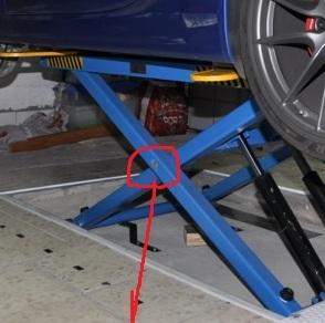 Pont élévateur dans mon garage perso ! - Page 3 Pont_e10