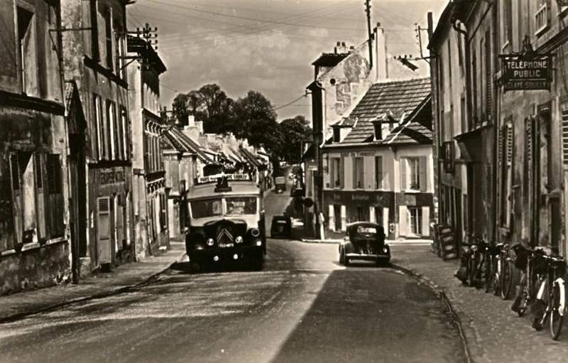 Photo d'époque - Page 6 Cars-125