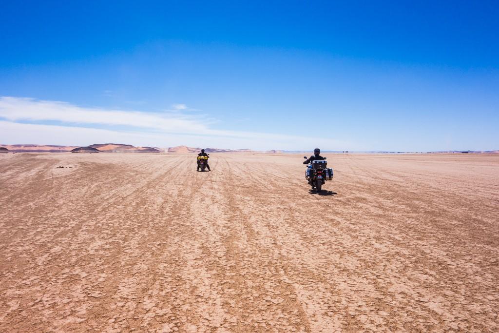 Virée facile Maroc 2015 - Page 2 Roadtr11