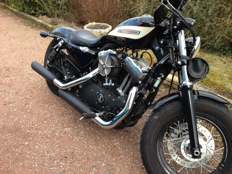 Harley Davidson Sporster 1200 Forty Eight avec quelques modifs ... - Page 9 Img_3810