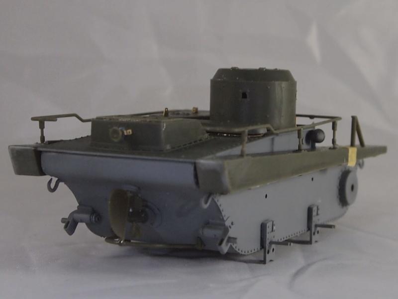 T-37 radio (Hobby Boss ref 83820 1/35) Mon0315